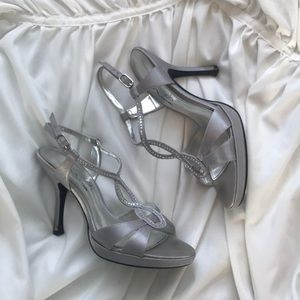 Touch of Nina silver strappy heel